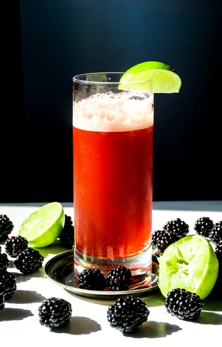cocktail mûre de neige Cherry Rocher