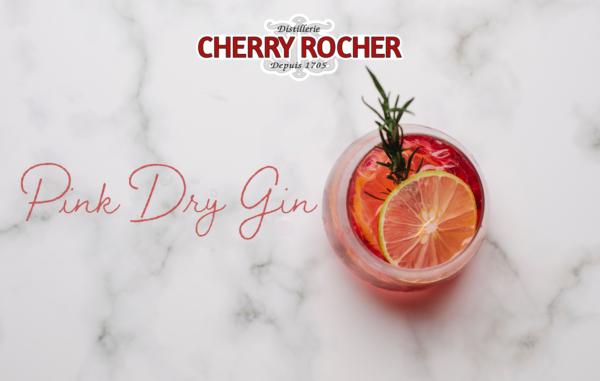 cocktail du mois d'avril le pink dry gin à base de gin pondy de fraise et de menthe